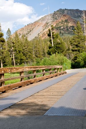 mammoth lakes: Rustic wooden bridge at a mountain lake - Mammoth lakes, California