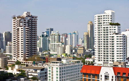 phrom: Bangkok, Thailand - December 16, 2015: Buildings and High Way architecture on the Emquartier shopping mall at BTS Phrom Phong station