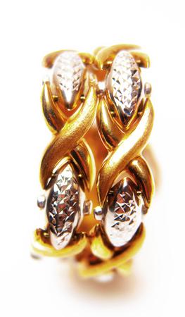costume jewelry: Costume jewelry, gold