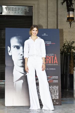 로마, 이탈리아 - 2017 년 4 월 13 일 : Nicoletta Romanoff가 'Le Verita'Phorocall in Rome에 참석 함