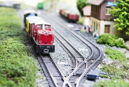 기차역에서 기차 모형 스톡 콘텐츠