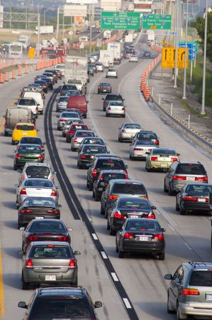 Heavy morning traffic on Montreals highways in Canada - 14062006