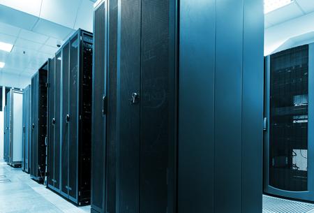 Modern web network and internet telecommunication technology, big data storage and cloud computing 版權商用圖片