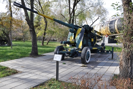The Soviet 100 mm  zenithal gun KS 19 model year 1948