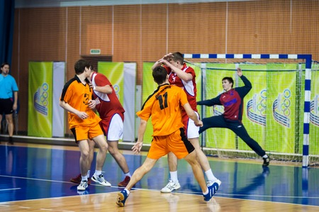 ORENBURG, la région d'Orenbourg, Russie 29 Janvier 2014 années, tournoi international de handball en mémoire du premier gouverneur de la province d'Orenbourg Neplueva Ii