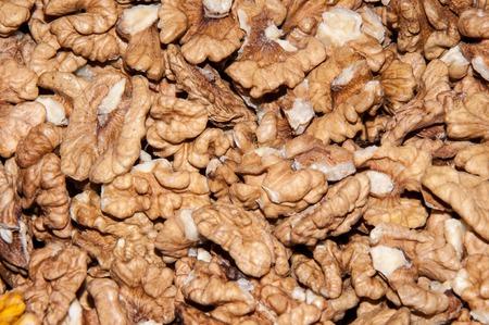 mellitus: Noccioli noce contengono vari elementi che migliorano la memoria e aiuta nel trattamento del diabete mellito