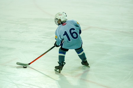 soyuz: ORENBURG, ORENBURG region, RUSSIA - 7 February 2015: Ice hockey competitions between teams of Orenburž′e (Orenburg) and Soyuz (Izhevsk) the framework of the all-Russian day of winter sports, dedicated to the anniversary of the XXII Olympic Winter G