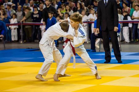 Orenburg, Russia - 16 April 2016: Boys compete in Judo on the urban tournament in memory of L. Taikeheva Stok Fotoğraf - 64124640
