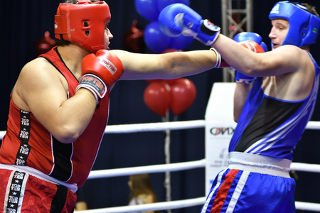 batters: Orenburg, Russia - January 21, 2017 year : Boys boxers compete Russian boxing name V.N. Kanjukova for prizes of the northern administrative district of Orenburg Juniors