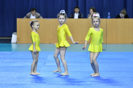 compete: Orenburg, Russia, 26-27 May 2017 years: Juniors compete in sports acrobatics at the Open Championship in sports acrobatics