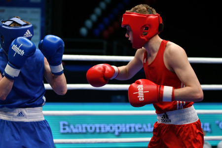 CHALLENGING: Orenburg, Russia-May 7, 2017 year: Boys boxers compete in the Championship of Russia in boxing among Juniors, born 1999-2000