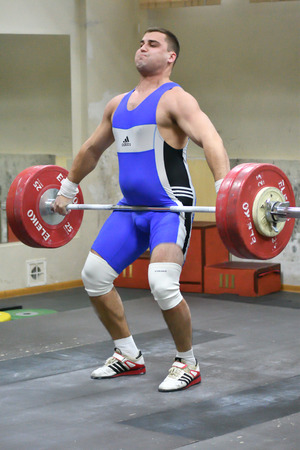 Orenburg, Russia-15-17 Dezember Jahr 2017: between men the Cup and the Championship in weightlifting Editorial