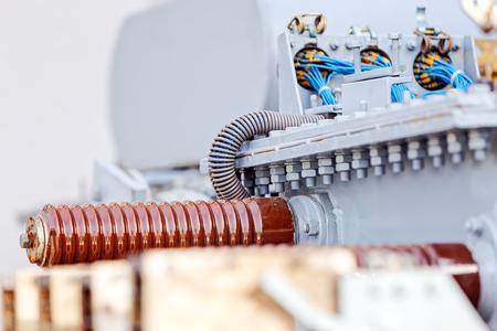 新しい高電圧トランスの詳細