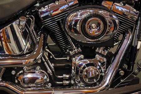 motorizado: Vista en parte del nuevo motor de motocicleta Chrome