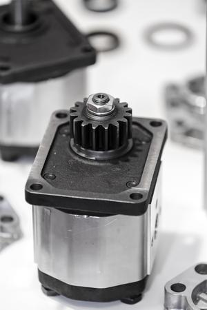 Close-up nieuw ontwerp van onderdelen voor machine op tentoonstelling show; let op ondiepe scherptediepte