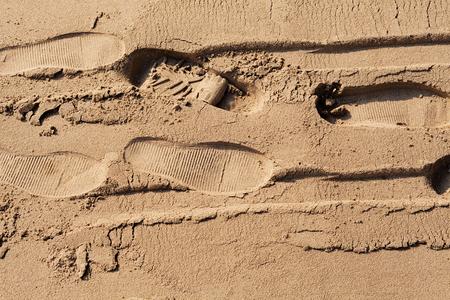 Voetafdrukken in het zand Stockfoto - 89248504