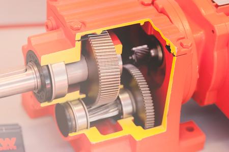 円筒歯車の垂直脚ユニット メモ フィールドの浅い深さのセクション