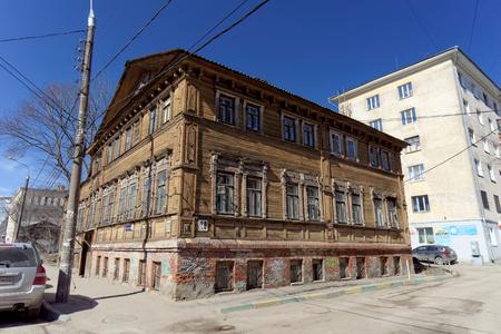 28: Nizhny Novgorod, Russia. - April 07.2016. Residential wooden two-storey house on the street Kovalikhinskaya, 28