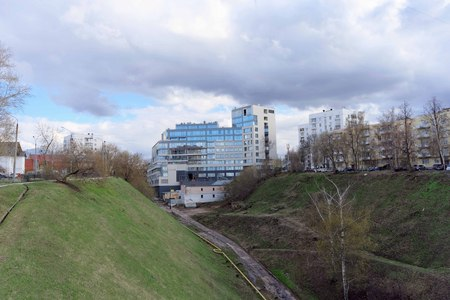 condominiums built: Nizhny Novgorod, Russia. - April 22.2016. New apartment house built at the beginning of the ravine on the street Postal descent Editorial