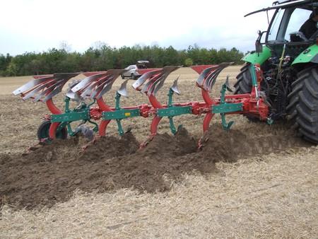 plough land: Autumn Ploughing