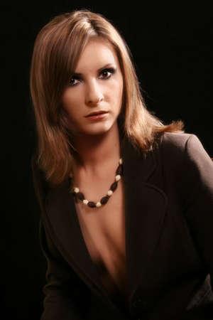 Portret van de bevallige dame in een jas Stockfoto - 395327