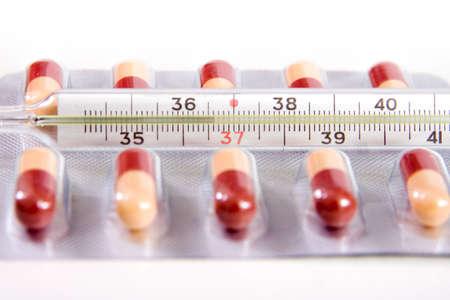 pilule: P�ldoras y term�metro 36,6