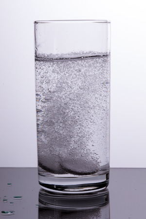 tablets dissolve in water