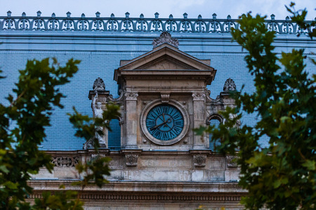 Detail view of the clock from the Palace of Justice building from Bucharest, Romania Stok Fotoğraf - 130377500