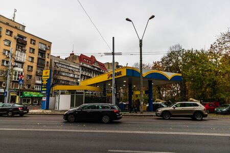Petrom gas station in downtown area of Bucharest, Romania, 2019 에디토리얼