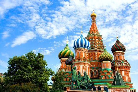Cúpulas del famoso jefe de la Catedral de San Basilio en la Plaza Roja, Moscú, Rusia Foto de archivo