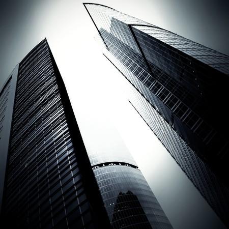 edificio cristal: edificio de cristal en la noche de Abstract  Foto de archivo