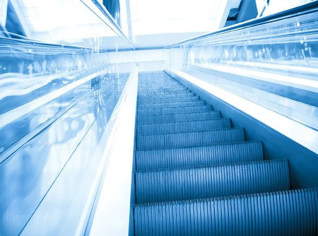 vanishing: motion of vanishing escalator in shopping mall