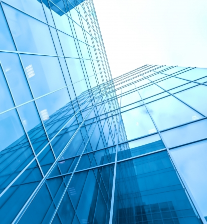 turquesa edificio de cristal de gran altura corporativa Foto de archivo