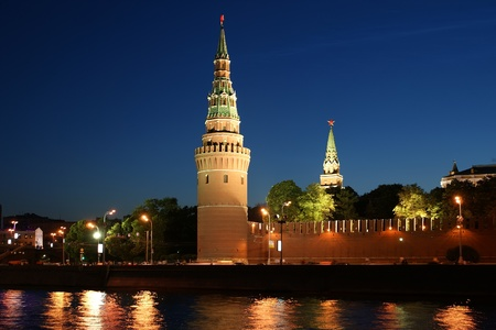 night view of the Moskva River  and Kremlin, Russia, Moscow Stock Photo - 11319407