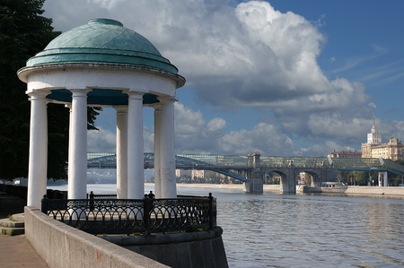 Moscow, Russia, arbor in the form of a rotunda on the bank of the Moskva River Stock Photo