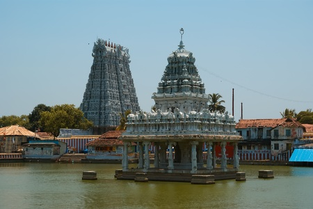 Suchindram temple dedicated to the gods Shiva, Vishnu and Brahma. Kanniyakumari, Tamil Nadu, South India photo