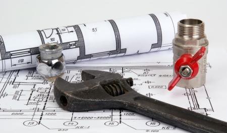 Plumbing parts and tools for drawing, closeup Standard-Bild