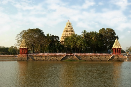 Traditional Hindu temple on lake in the city center, South India, Kerala, Madurai Stock Photo - 11330677