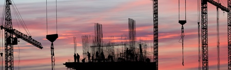 silhouette of construction worker Standard-Bild