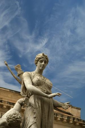 sculpt: Artemide fountain. Syracuse (Siracusa, Sarausa)-- historic city in Sicily, Italy