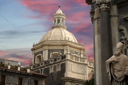 Catholic church of Catania. Sicily, southern Italy. Baroque architecture. Unesco world heritage site Imagens - 12227935