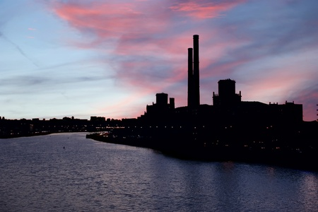 moskva: The contour of the industrial zone a big city at sunset. Moscow, Russia Stock Photo