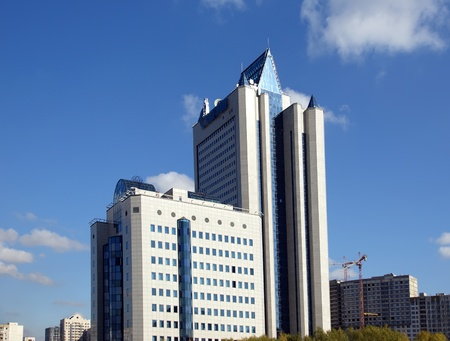 HIGH-TECH STYLE BUILDING  Gazprom headquarters in Moscow Imagens - 13413802