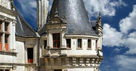 loire: Chateau Azay-le-Rideau  was built from 1515 to 1527 , Loire, France