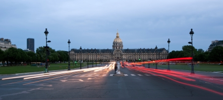 invalides: Les Invalides  The National Residence of the Invalids  at night - Paris, France Editorial