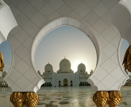 Abu Dhabi Sheikh Zayed White Mosque in UAE Standard-Bild