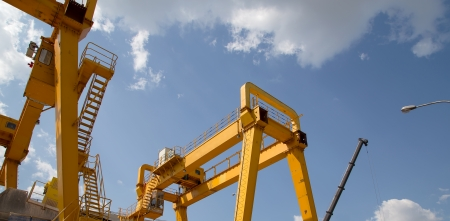 Yellow Gantry Bridge Crane for Cargo and Construction