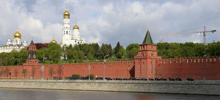 red square moscow: Ensayo del desfile militar en la Plaza Roja de Mosc�, Rusia. mayo, 07 de 2014