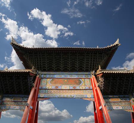 entrance to a Buddhist temple  -- Xian (Sian, Xi'an), Shaanxi province, China Banco de Imagens