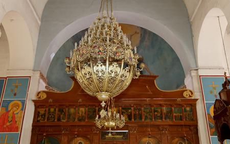 Interieur Midden Oosten : Het interieur grieks orthodoxe basiliek van sint george in de stad
